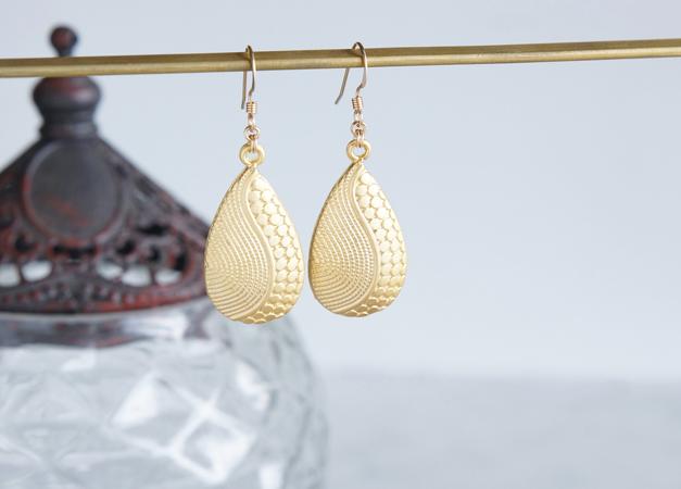 画像1: 【Istanbul】 14KGF Matt Gold Earrings,-Yin Yang-