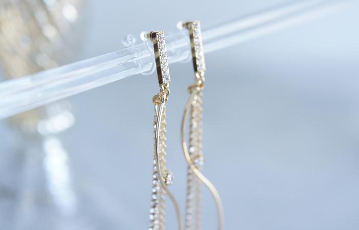 画像2: Elegant CZ Dangling Non Pierced Earrings [ノンホールピアス]