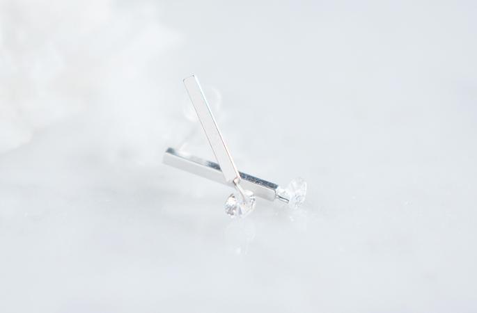 画像4: 【Sterling silver 925】 Long Bar CZ Stud Earrings