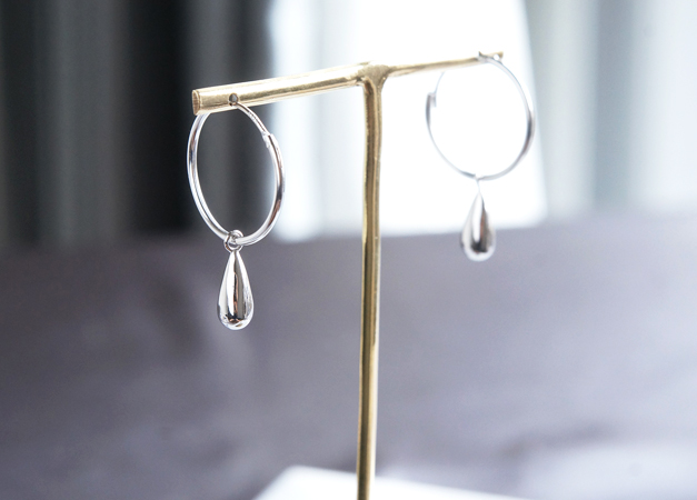 画像1: 【Sterling silver 925】 Teardrop Hoop Dangling Earrings