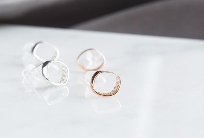 画像1: 【Sterling silver 925】 Rhombus CZ Stud Earrings