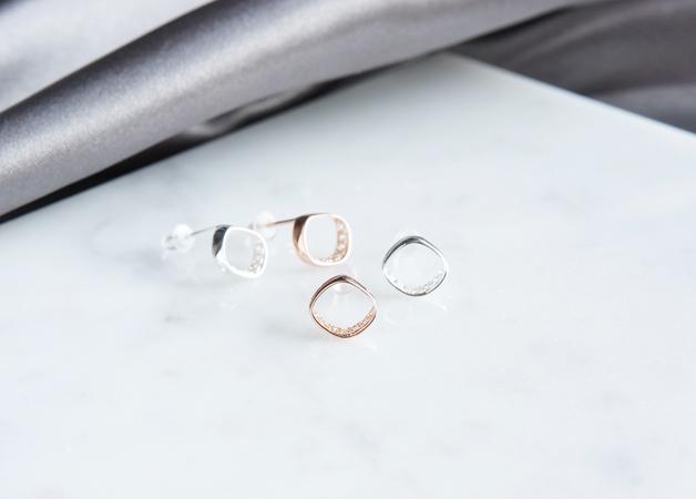 画像4: 【Sterling silver 925】 Rhombus CZ Stud Earrings