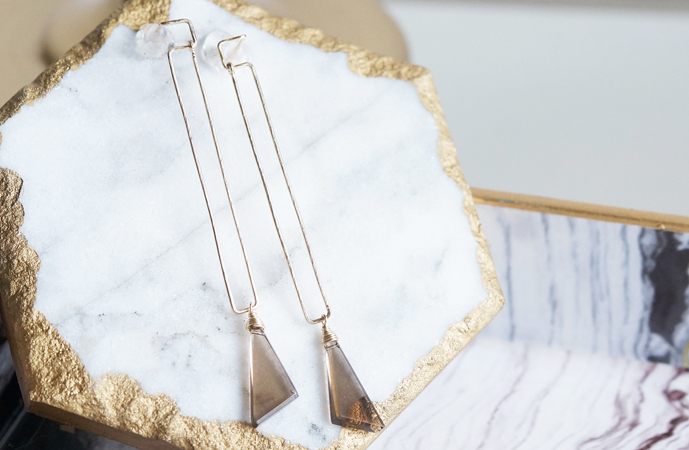画像1: 【14KGF】Smoky Quartz Long Rectangle Earrings