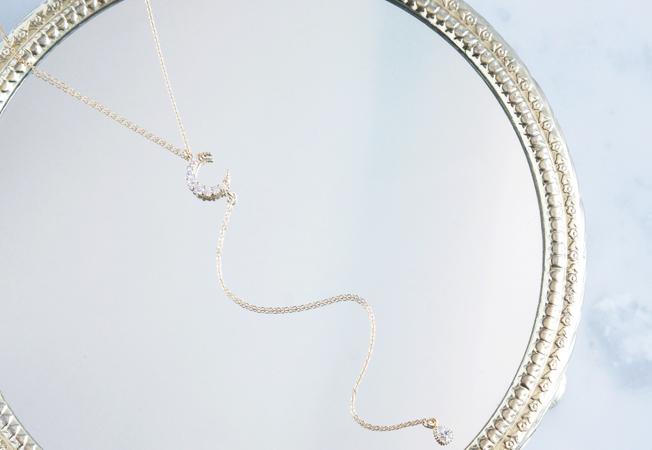 画像1: 【14KGF】Simple Crescent Moon CZ Y-Necklace