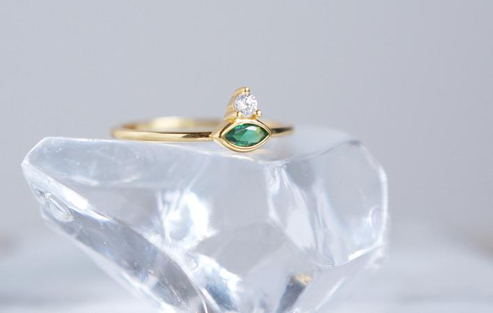 画像1: 【Dainty & Minimalist】Silver925 Marquise Emerald CZ Stuck Ring