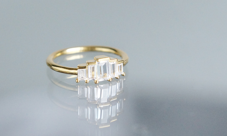 画像1: 【Dainty & Minimalist】Art Deco Design Glass Stuck Ring