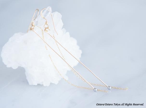 画像1: 【Minimalism】14KGF Earrings,Gems Bar-- SilverxGold--